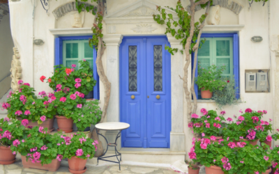 Top Paint Colors to Spruce Up Your Front Door